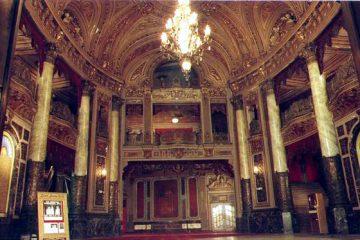Landmark Loew's Jersey Theatre